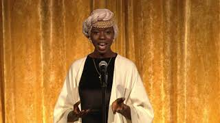 Emi Mahmoud, slam poet
