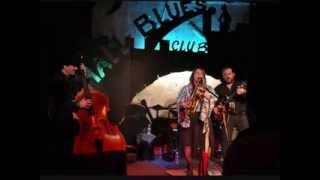 Jersey Julie Blues Band. Laissons le bon temps rouler...