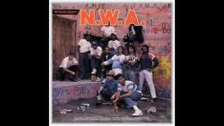 N.W.A Gangsta Gangsta [HQ]