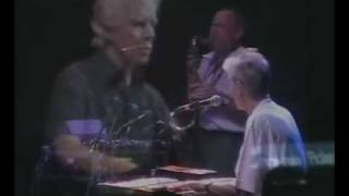 "Van der Graaf Generator - ""Nutter Alert"" - Shepherds Bush live (2005) - original video"