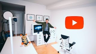 Room Youtube Studio Background 1