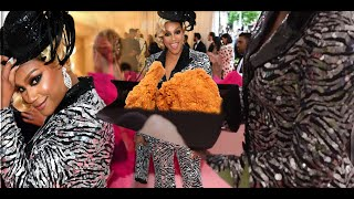 #TiffanyHaddish Passes Out FRIED CHICKEN at the #MetGala2019
