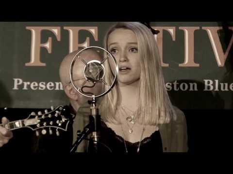 Ashley and Everett Lilly w Suncatcher