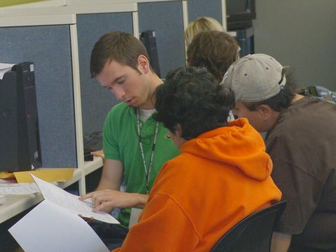 Student volunteers provide free tax services