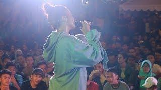 Video Citra Scholastika - Denganmu Live on MLD BUS JAZZ Tour 2017 Summarecon Bekasi download MP3, 3GP, MP4, WEBM, AVI, FLV Oktober 2018