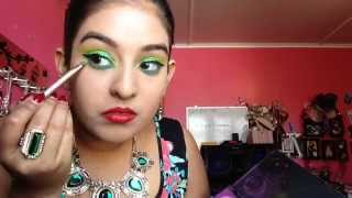 Christmas Green Glitter Makeup Tutorial Thumbnail