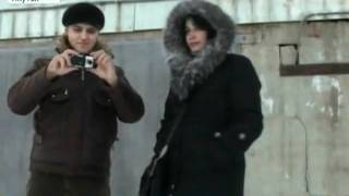 Верный  пес в Якутске в 50 градусный мороз оставалс