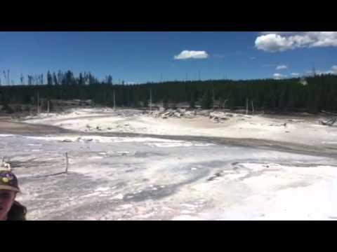 Yellowstone 2011 - Porkchop Geyser