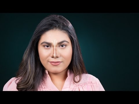 How To Contour & Highlight Your Nose | Quick Makeup Tricks