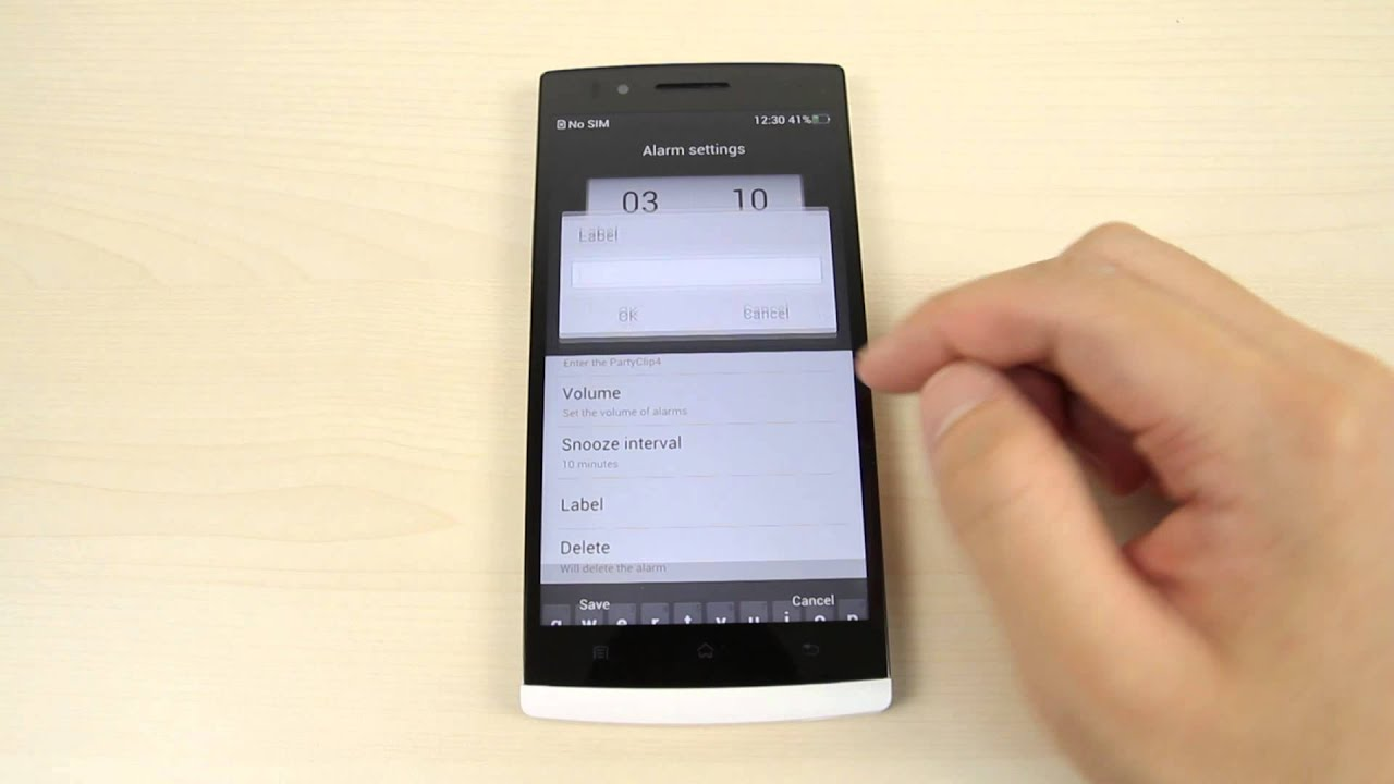 How to set the alarm on Oppo Find 5