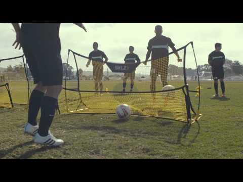 Video: SKLZ® Quickster Soccer Trainer