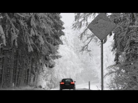 Wintermärchen oder Alptraum? In den Alpen schneit es weiter