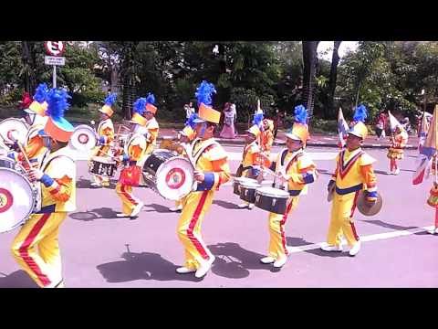 Drap langkah simponi muda SD Muhammadiyah 2 Gresik lomba dram band se JawaTimur