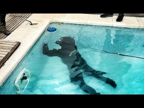 SHOCKING ! I FOUND A MAN DIVING IN OUR SWIMMING POOL !