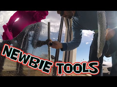 TOP NEWBIE WINDOW CLEANING TOOLS