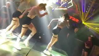Quẩy Shuffle dance cực chất trong Bar cùng team Xô Tít trên nền nhạc Vinahouse |Video Trinh Phương|