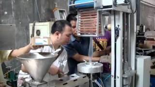 Harden lab blow film extrusion line .wmv