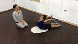 Упражнения с гимнастической резинкой