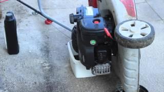 VIDANGE - Comment remplacer l'huile d'une tondeuse ?