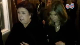 أخبار اليوم   الفيشاوي والجداوي وميرفت أمين يقدمون العزاء للفنان محمد صبحي