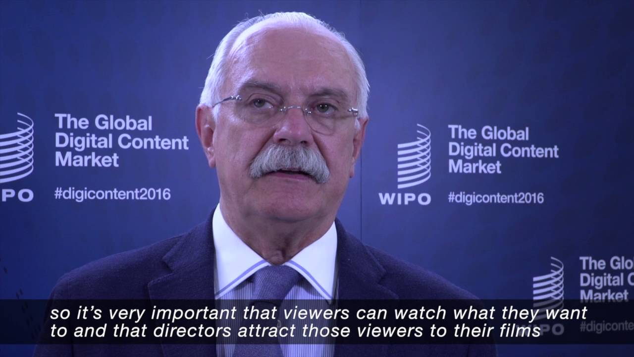 Nikita Mikhalkov suggests launching a television channel to show student work 07.05.2015 53