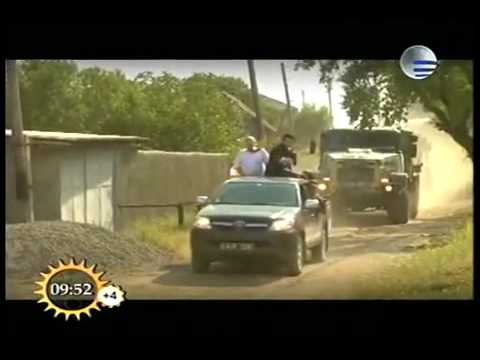 Toyota Hilux Surf off road from YouTube · Duration:  24 seconds
