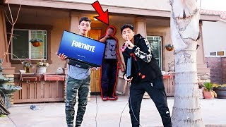 Playing FORTNITE on Strangers Doorstep Experiment 😳*GONE VERY WRONG*