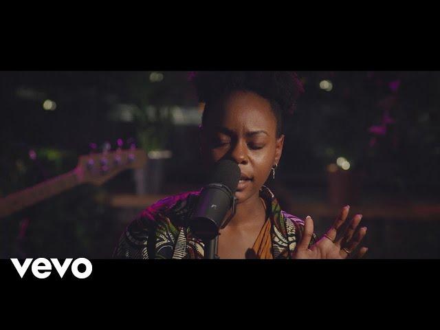 Esther Kirabo - Kill U (Acoustic Live Version)