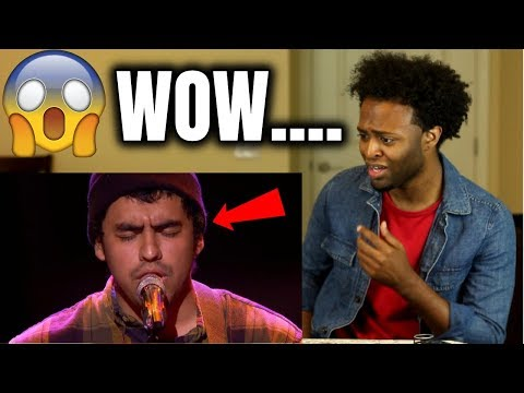 "Alejandro Aranda Sings ""Yellow"" By Coldplay At Disney Aulani - American Idol 2019"