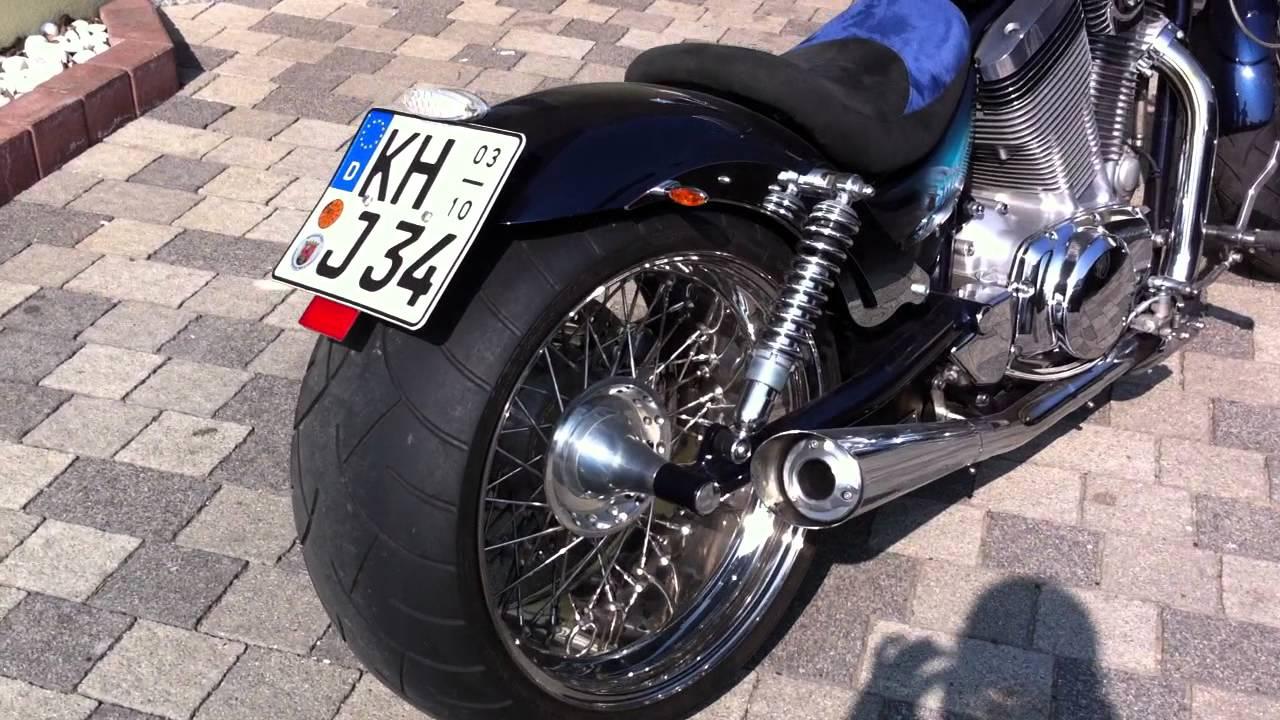Suzuki Intruder 1400 Vs Custom