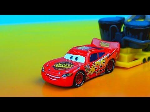 Disney Pixar Cars Lightning Mcqueen Races Rpm 64 Piston