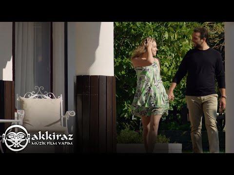 Hakan Şimşek - Yanlış Yollardasın (Official Video)