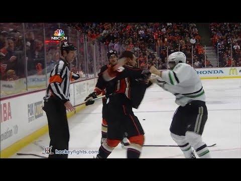 Shawn Horcoff vs Luca Sbisa Apr 25, 2014