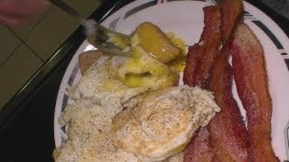 How to cook Fried Bacon and Eggs   Easy!
