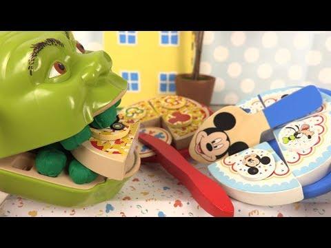 Shrek Mange Pizza Gâteau Anniversaire en Bois à Découper Mickey Mouse