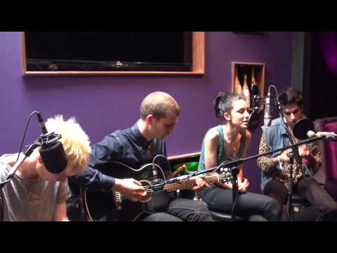 Wolf Alice - Moaning Lisa Smile (Acoustic Session 2014 Liverpool Sound City)