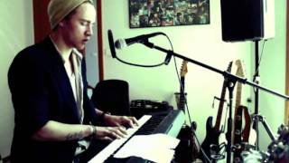 Lakyn // I Can't Make You Love Me (Bon Iver/Bonnie Raitt) (Piano Cover)