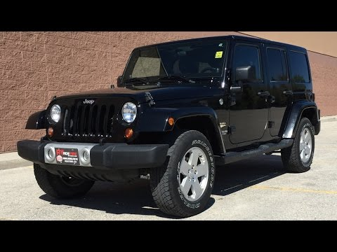 2012 Jeep Wrangler Unlimited Sahara 4WD - UConnect, Navigation, Automatic | GREAT VALUE