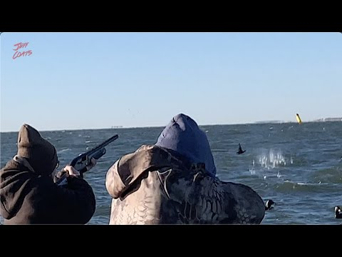 Thomas McGraw & Wyatt Casper - Sea Duck Hunting