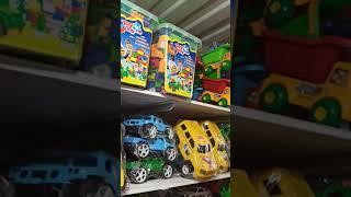 Видео Рынок Дордой. Игрушечный ряд. Игрушки разные. Сделано в Узбекистане. Цены оптом.