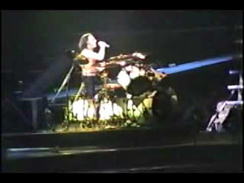 Lars Ulrich And James Hetfield Drum Battle