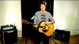 Paul McCartney teaches you to play Ever Present Past
