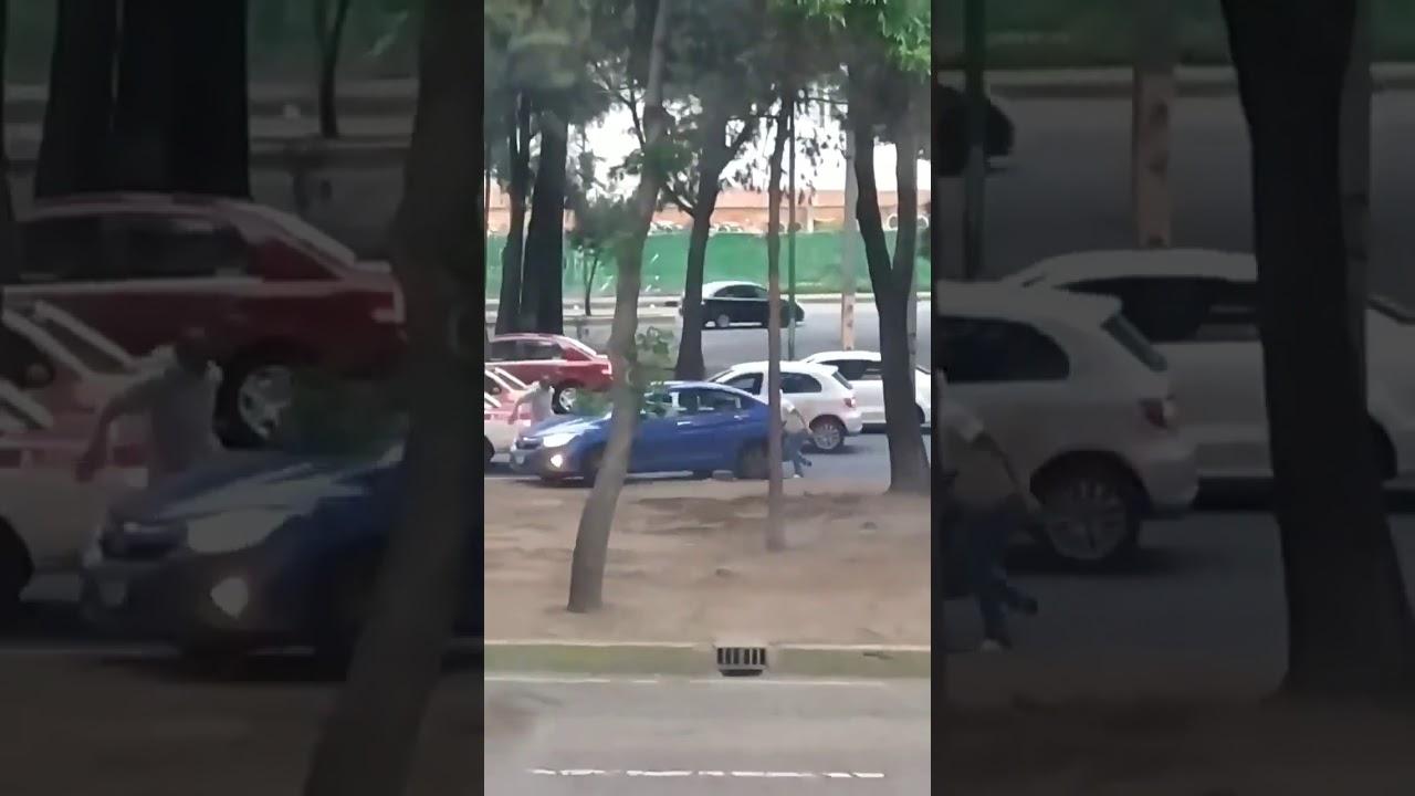 Asalto con arma de fuego en pleno dia