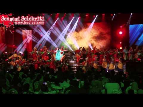 Siti Nurhaliza Perform Lagu CINDAI di Konsert Destini