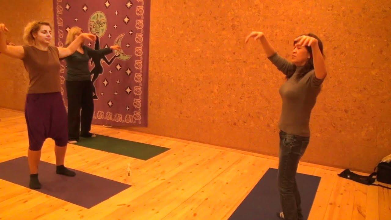 Упражнения цигун для начинающих видео