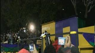 "Ying Yang Twins perform ""Halftime (Stand Up and Get Crunk)"" live during the Lombardi Gras Parade"