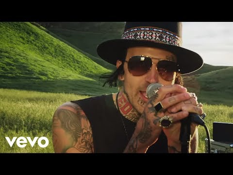 Yelawolf – American You