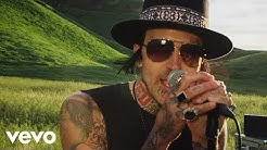 Yelawolf - American You (Official Music Video)