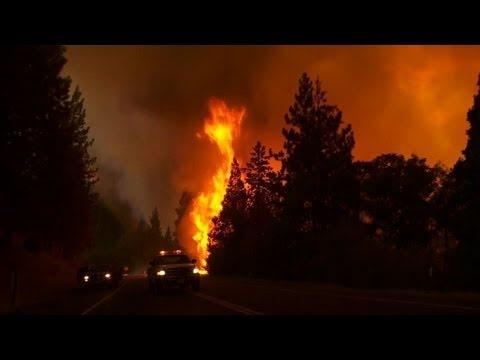 California emergency as huge Yosemite fire rages