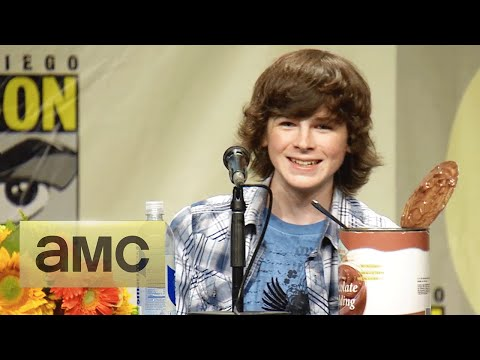 Andrew Lincoln on Carl Growing Up: ComicCon Panel Highlights: The Walking Dead: Season 5